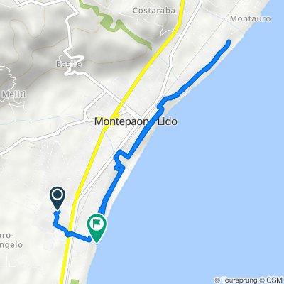 Da Via Camillo Benso Conte di Cavour 34, Montepaone Lido a Via Gioacchino da Fiore 24, Montepaone Lido