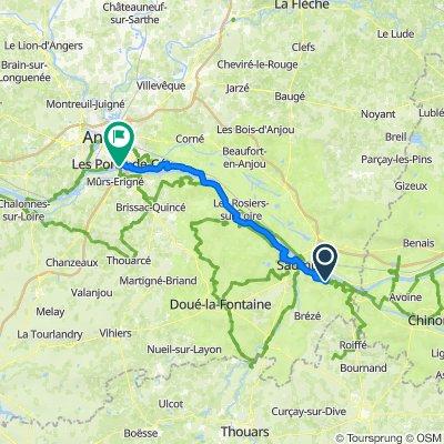 De 35 Route de Champigny, Souzay-Champigny à Rue Charles de Gaulle, Les Ponts-de-Cé