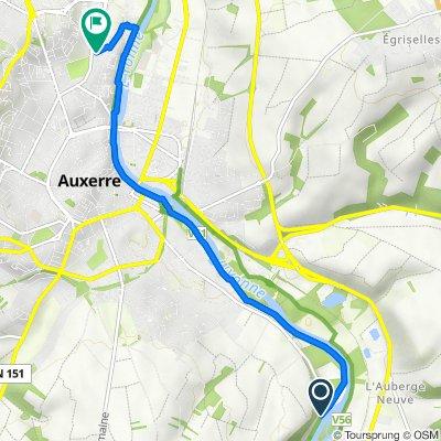 De Route de Vaux, Auxerre à 3–9 Rue Louis Breguet, Auxerre