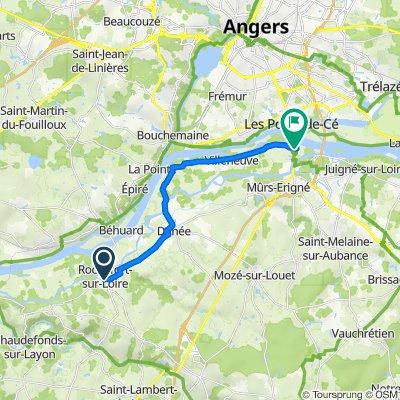 De Rue des Écoles, Rochefort-sur-Loire à 64 Rue du Commandant Bourgeois, Les Ponts-de-Cé