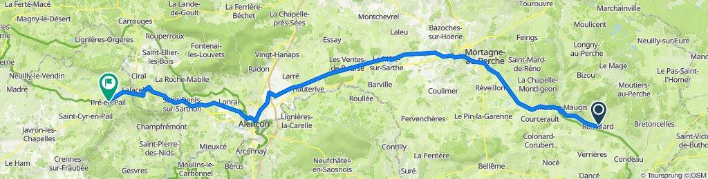 De 44A Rue de l'Église, Rémalard à 6120 Place de la République, Pré-en-Pail