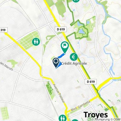 De 11 Rue de la Reine Blanche, Troyes à 3 Rue du Clos Camus, Troyes