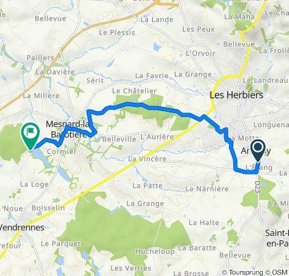 De 79 Rue Monseigneur Massé, Les Herbiers à 11 La Tricherie, Mesnard-la-Barotière
